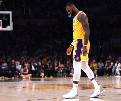 LeBron is clutch then chokes and Lakers' winless start is insane