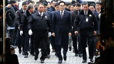 Samsung Head Avoids Arrest On Bribery Charge, But He's Not In The Clear