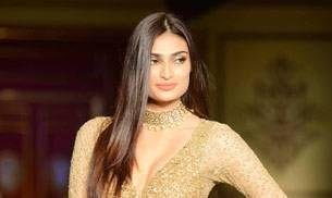 India Couture Week: Athiya Shetty dazzles on the ramp for Shymal and Bhumika