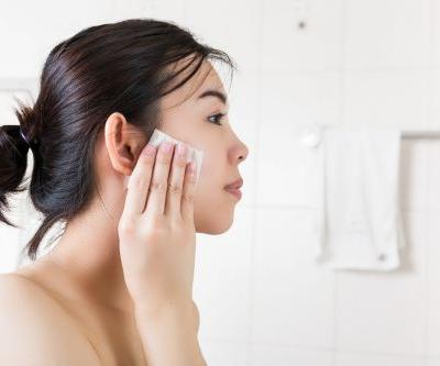 The 5 Best Makeup Removers For Oily Skin