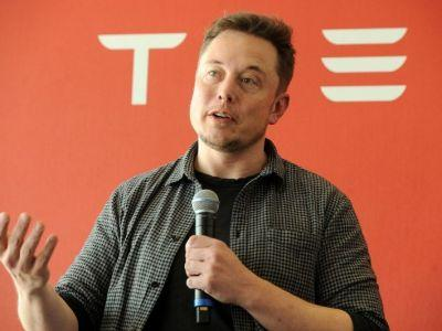 Elon Musk was the reason one of Apple's most famous developers left Tesla after only six months