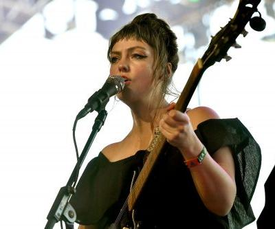 "Watch Angel Olsen Sing ""Shut Up Kiss Me"" With Snail Mail's Lindsey Jordan At Coachella"