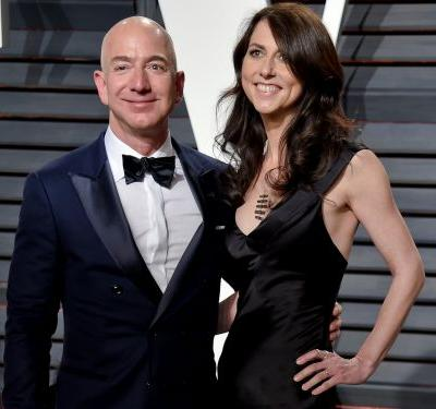 Jeff Bezos' impending divorce carries some big risks for Amazon shareholders