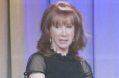 Kathy Griffin on Beheaded Trump Photo: I Don't Condone Violence, 'I'm Merely Mocking'