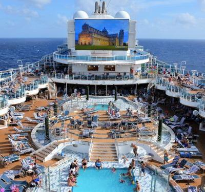 Cruise ship employees reveal the wildest things they've seen on the job