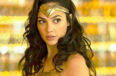 Gal Gadot Is Back in Costume in Wonder Woman 1984 PhotoGal Gadot