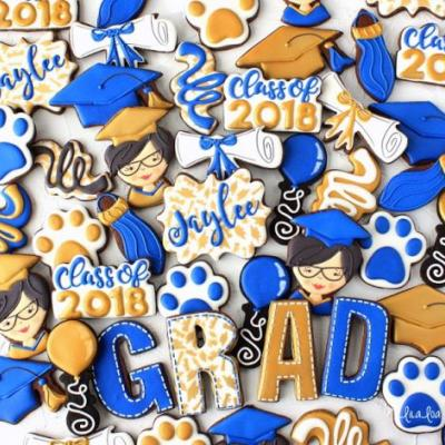 How to Make Decorated Graduation Tassel Cookies