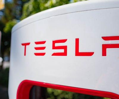 Tesla shares tumble again on concerns about buyout funding