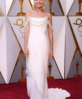 Ten Rounds Up The 2018 Oscars Red Carpet