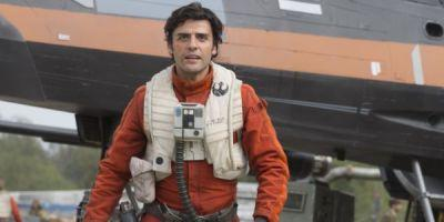 See Carrie Fisher And Mark Hamill On The Star War 8 Set As Part Of Oscar Isaac's Touching Tribute
