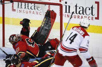 Jeff Skinner helps Hurricanes beat Flames 2-1