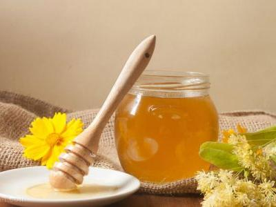 Add honey to warm water and unlock a bevy of health benefits