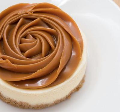 What's the Difference Between Caramel, Butterscotch, Dulce de Leche, and Cajeta?