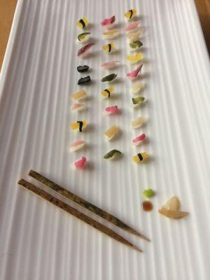 Miniature Sushi, every piece is a grain of rice