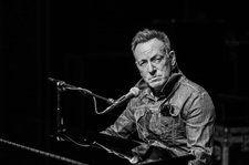 'Springsteen on Broadway': Bruce Gets Personal In His One-Man Show
