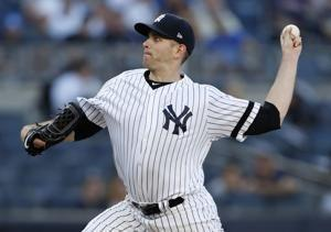 Yankees win 7th straight, beat struggling Astros 4-1