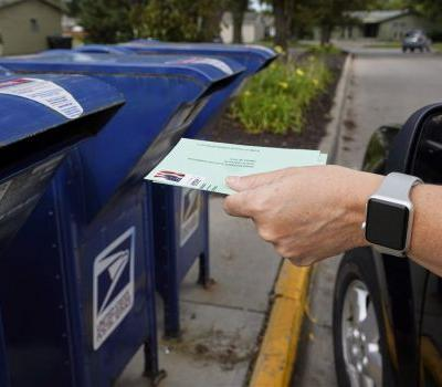 U.S. judge orders stop to Postal Service cuts, echoing others