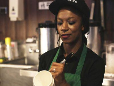 'Death of the coffee house experience': Starbucks worker writes open letter about the 'vast disconnect' that's causing problems for the chain