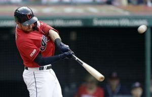 Plutko, 3 relievers allow 1 hit for Indians in 4-1 win