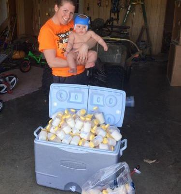 1 Mom Donated 1,040 Ounces of Her Breast Milk to Hurricane Harvey Victims