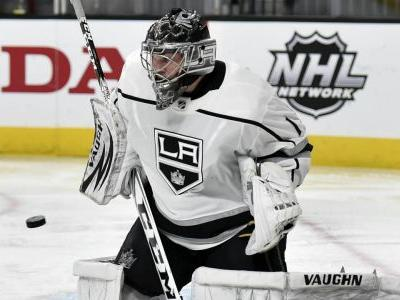 Jack Campbell gets 1st career win as Kings stump Golden Knights