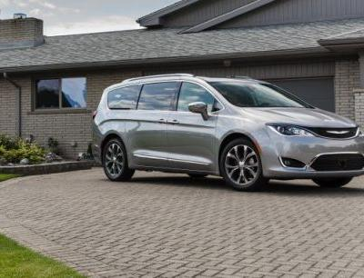 2018 Chrysler Pacifica in Depth: Flurry of Updates, Top of the Class