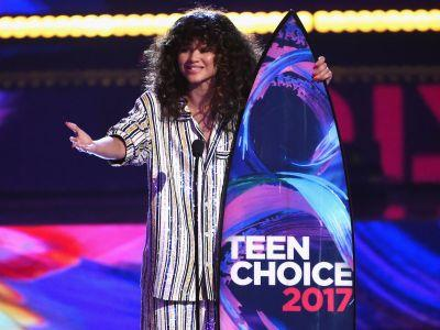 Zendaya gave a powerful speech about injustice and hatred in the world at Teen Choice Awards