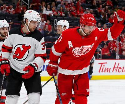 Devils blanked by surging Red Wings