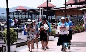 Tourism and Sports Ministry of Thailand is thinking of imposing a tourist levy