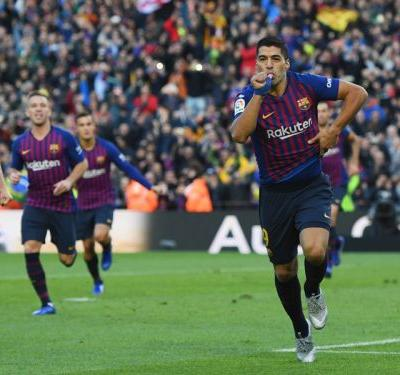 Barcelona 5 Real Madrid 1: Suarez treble downs Lopetegui's men