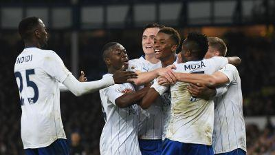Everton 1 Leicester City 2: Quick-fire Musa double inspires Foxes