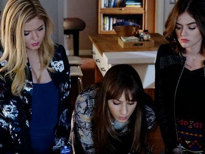 Pretty Little Liars Finale Pics Might Have A Wedding Spoiler