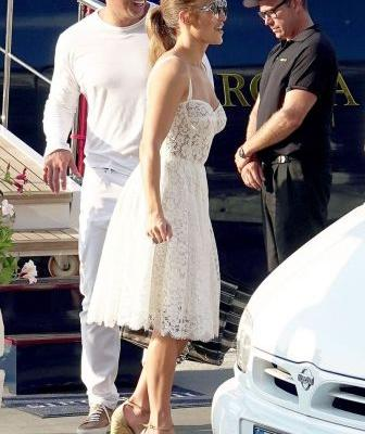 Jennifer Lopez Made Platform Wedges Look Chic in Italy