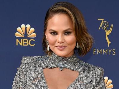 Chrissy Teigen Had The Best Response When Someone Asked If She Was Pregnant -4 Months After Giving Birth