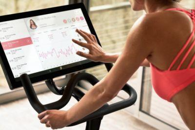 The Psychology Behind 'The Cycflix' Will Make You Rethink Your Indoor Cycling Workout