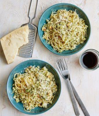 Spaghettini with Cauliflower Pesto