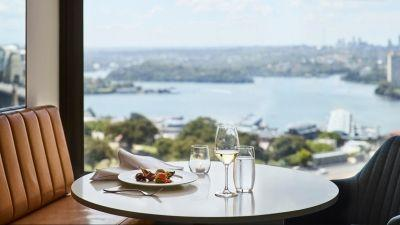 New Lounge 32 at Four Seasons Hotel Sydney Meets Guest Demand for Creature Comforts