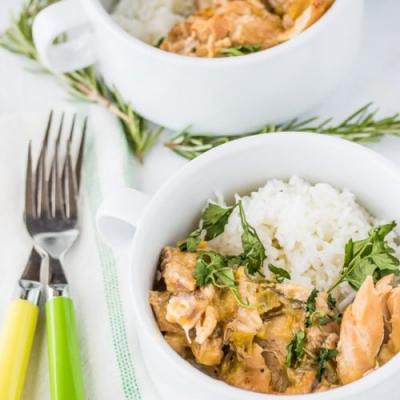 Green Chile Crockpot Chicken Thighs