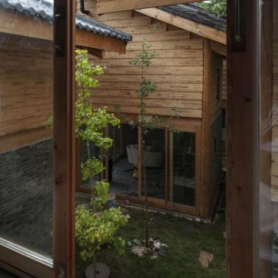 Baisha Old Town Retreat / Atelier8 + Atelier GOM