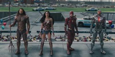 Warner Bros. just showed off a new trailer for 'Justice League' at Comic-Con - here it is