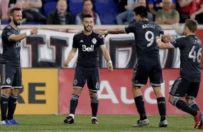 Whitecaps hold on for draw with Red Bulls