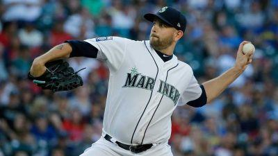 Paxton, Seager pace Mariners past Red Sox