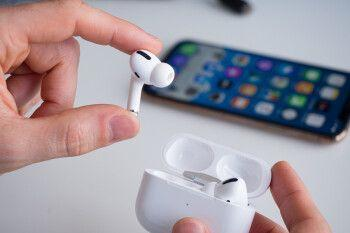Apple's AirPods Pro go for Samsung Galaxy Buds Live's jugular with new deal
