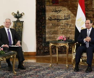 Mattis arrives in Cairo for meeting with Egyptian president