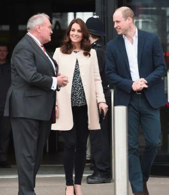 Kate Middleton & Prince William's Body Language At Kate's Last Public Outing Is So Telling