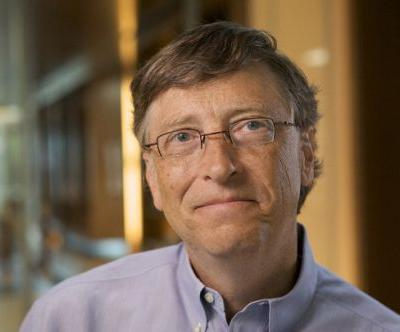 Bill Gates thinks the government should force tech companies to unlock phones