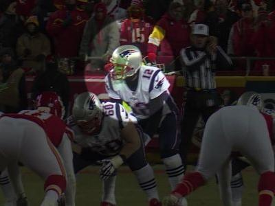 Laser appears pointed in Tom Brady's face during AFC title game