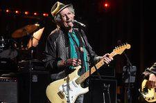 Watch Keith Richards, Mavis Staples, Donald Fagen, Emmylou Harris, Norah Jones & More Perform At Love Rocks NYC Benefit