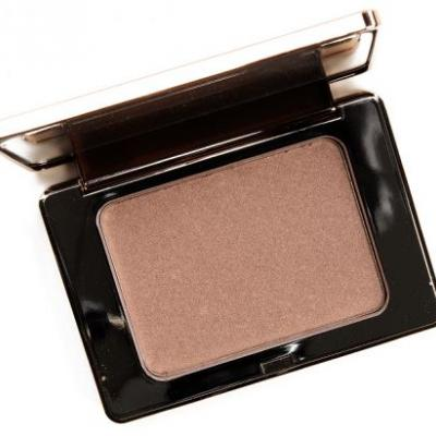 Natasha Denona Medium (02) All Over Glow Face & Body Shimmer In Powder Review & Swatches