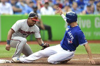 Diamondbacks acquire infielder Eduardo Escobar from Twins